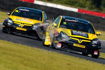 © Octane Photographic Ltd./Chris Enion. British Touring Car Championship – Round 6, Snetterton, Saturday 11th August 2012. Free Practice 1. Dave Newsham and Chris James - Team ES Racing.com, Vauxhall Vectra. Digital Ref : 0452ce1d0033