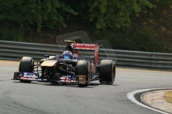World © Octane Photographic Ltd. F1 Hungarian GP - Hungaroring. Saturday 27th July 2013. F1 Qualifying. Scuderia Toro Rosso STR 8 - Daniel Ricciardo. Digital Ref : 0764lw1d4315