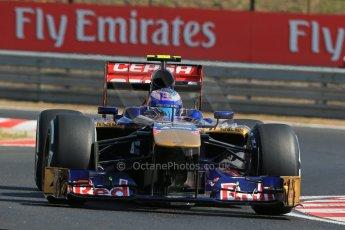 World © Octane Photographic Ltd. F1 Hungarian GP - Hungaroring. Friday 26th July 2013. F1 Practice 1. Scuderia Toro Rosso STR 8 - Daniel Ricciardo. Digital Ref : 0758lw1d0821