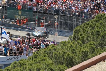 World © Octane Photographic Ltd. F1 Monaco GP, Monte Carlo - Sunday 26th May - Race. Mercedes AMG Petronas F1 W04 - Nico Rosberg powers past the crowds and yachts. Digital Ref : 0711lw1d1492