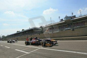 World © Octane Photographic Ltd. F1 Italian GP - Monza, Saturday 7th September 2013 - Qualifying. Scuderia Toro Rosso STR8 - Jean-Eric Vergne and Sauber C32 - Nico Hulkenberg. Digital Ref :