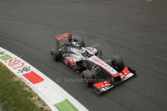 World © Octane Photographic Ltd. F1 Italian GP - Monza, Sunday 8th September 2013 - Race. Vodafone McLaren Mercedes MP4/28 - Jenson Button. Digital Ref :