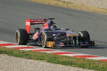 World © Octane Photographic Ltd. Formula 1 Winter testing, Barcelona – Circuit de Catalunya, 3rd March 2013. Toro Rosso STR8, Daniel Ricciardo in a new unpainted helmet. Digital Ref: 0584lw1d0504