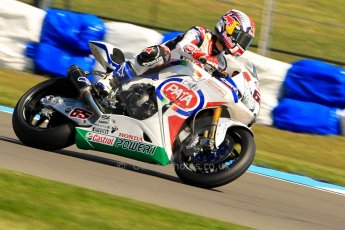 World © Octane Photographic Ltd. World Superbikes (SBK) European GP – Donington Park – Free Practice. Pata Honda World Superbike – Honda CBR-1000RR – Jonathan Rea. Saturday 25th May 2013. Digital Ref : 0698ce1d3282