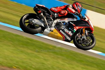 World © Octane Photographic Ltd. World Superbikes (SBK) European GP – Donington Park – Free Practice. Aprilia Racing Team – Aprilia RSV4 Factory – Sylvain Guintoli. Saturday 25th May 2013. Digital Ref : 0698ce1d3302