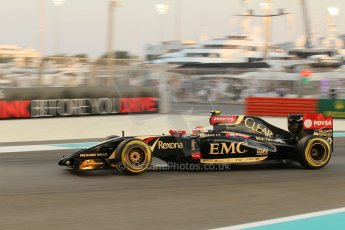 World © Octane Photographic Ltd. Friday 21st November 2014. Abu Dhabi Grand Prix - Yas Marina Circuit - Formula 1 Practice 2. Lotus F1 Team E22 – Pastor Maldonado. Digital Ref: 1161CB1D6802