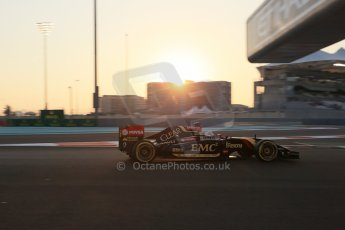 World © Octane Photographic Ltd. Friday 21st November 2014. Abu Dhabi Grand Prix - Yas Marina Circuit - Formula 1 Practice 2. Lotus F1 Team E22 – Romain Grosjean. Digital Ref: 1161LB1D4623