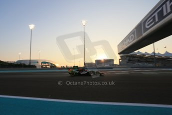 World © Octane Photographic Ltd. Friday 21st November 2014. Abu Dhabi Grand Prix - Yas Marina Circuit - Formula 1 Practice 2. Sahara Force India VJM07 – Nico Hulkenburg. Digital Ref : 1161LB1D4671