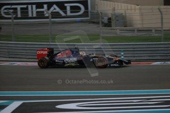 World © Octane Photographic Ltd. Saturday 22nd November 2014. Abu Dhabi Grand Prix - Yas Marina Circuit - Formula 1 Qualifying. Scuderia Toro Rosso STR9 – Jean-Eric Vergne. Digital Ref: 1166LB1D0947