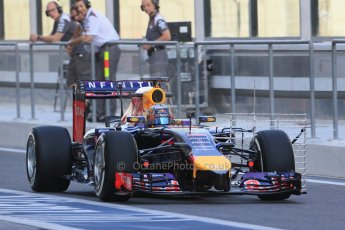 World © Octane Photographic Ltd. Tuesday 25th November 2014. Abu Dhabi Testing - Yas Marina Circuit. Infiniti Red Bull Racing RB10 – Carlos Sainz jr. Digital Ref: 1174LB1D7916