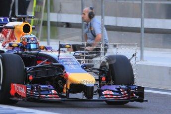 World © Octane Photographic Ltd. Tuesday 25th November 2014. Abu Dhabi Testing - Yas Marina Circuit. Infiniti Red Bull Racing RB10 – Carlos Sainz jr. Digital Ref: 1174LB1D7923