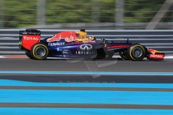 World © Octane Photographic Ltd. Wednesday 26th November 2014. Abu Dhabi Testing - Yas Marina Circuit. Infiniti Red Bull Racing RB10 – Daniel Ricciardo. Digital Ref: 1175CB1D9131