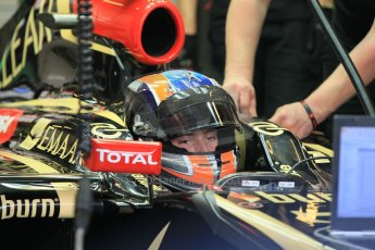 World © Octane Photographic Ltd. Wednesday 26th November 2014. Abu Dhabi Testing - Yas Marina Circuit. Lotus F1 Team E22 – Alex Lynn. Digital Ref: 1175CB1D9434
