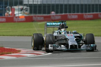 World © Octane Photographic Ltd. Friday 6th June 2014. Canada - Circuit Gilles Villeneuve, Montreal. Formula 1 Practice 2. Mercedes AMG Petronas F1 W05 Hybrid – Lewis Hamilton. Digital Ref: 0979LB1D4020