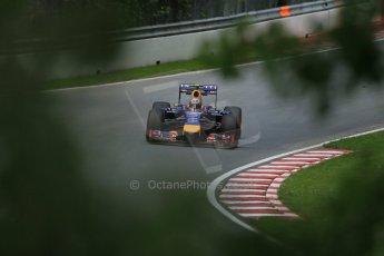 World © Octane Photographic Ltd. Friday 6th June 2014. Canada - Circuit Gilles Villeneuve, Montreal. Formula 1 Practice 2. Infiniti Red Bull Racing RB10 – Daniel Ricciardo. Digital Ref: 0979LB1D4841