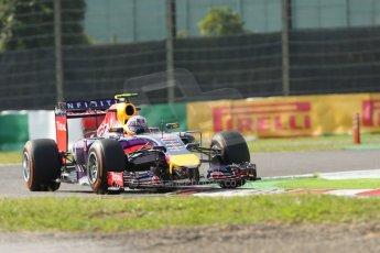 World © Octane Photographic Ltd. Friday 3rd October 2014, Japanese Grand Prix - Suzuka. - Formula 1 Practice 2. Infiniti Red Bull Racing RB10 – Daniel Ricciardo. Digital Ref: