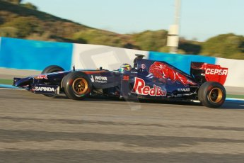 World © Octane Photographic Ltd. 2014 Formula 1 Winter Testing, Circuito de Velocidad, Jerez. Thursday 30th January 2014. Day 3. Scuderia Toro Rosso STR9 - Jean-Eric Vergne. Digital Ref: 0887cb1d0477