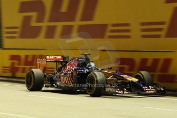 World © Octane Photographic Ltd. Friday 19th September 2014, Singapore Grand Prix, Marina Bay. - Formula 1 Practice 1. Scuderia Toro Rosso STR9 - Jean-Eric Vergne. Digital Ref: