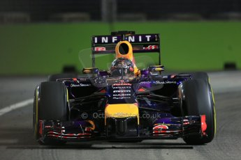 World © Octane Photographic Ltd. Friday 19th September 2014, Singapore Grand Prix, Marina Bay. - Formula 1 Practice 1. Infiniti Red Bull Racing RB10 – Daniel Ricciardo. Digital Ref: 1118LB1D0396