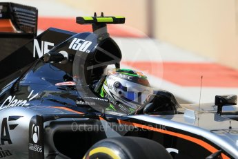 World © Octane Photographic Ltd. Sahara Force India VJM08B – Sergio Perez. Friday 27th November 2015, F1 Abu Dhabi Grand Prix, Practice 1, Yas Marina. Digital Ref: 1477CB1L5097