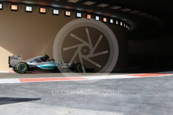 World © Octane Photographic Ltd. Mercedes AMG Petronas F1 W06 Hybrid – Nico Rosberg. Friday 27th November 2015, F1 Abu Dhabi Grand Prix, Practice 1, Yas Marina. Digital Ref: 1477CB7D1665