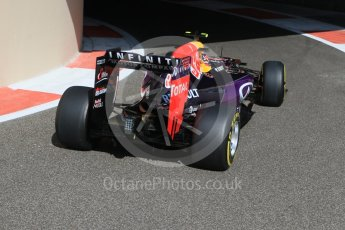 World © Octane Photographic Ltd. Infiniti Red Bull Racing RB11 – Daniil Kvyat. Friday 27th November 2015, F1 Abu Dhabi Grand Prix, Practice 1, Yas Marina. Digital Ref: 1477CB7D1723
