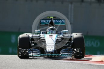 World © Octane Photographic Ltd. Mercedes AMG Petronas F1 W06 Hybrid – Nico Rosberg. Friday 27th November 2015, F1 Abu Dhabi Grand Prix, Practice 1, Yas Marina. Digital Ref: 1477LB1D6622