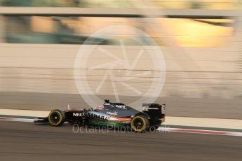 World © Octane Photographic Ltd. Sahara Force India VJM08B – Nico Hulkenberg. Friday 27th November 2015, F1 Abu Dhabi Grand Prix, Practice 2, Yas Marina. Digital Ref: 1478CB7D1866