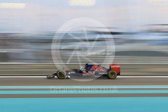 World © Octane Photographic Ltd. Scuderia Toro Rosso STR10 – Carlos Sainz Jnr. Friday 27th November 2015, F1 Abu Dhabi Grand Prix, Practice 2, Yas Marina. Digital Ref: 1478CB7D1933