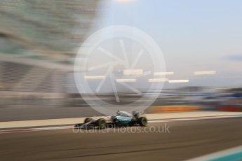 World © Octane Photographic Ltd. Mercedes AMG Petronas F1 W06 Hybrid – Nico Rosberg. Friday 27th November 2015, F1 Abu Dhabi Grand Prix, Practice 2, Yas Marina. Digital Ref: 1478CB7D2014