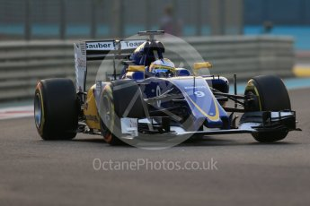 World © Octane Photographic Ltd. Sauber F1 Team C34-Ferrari – Marcus Ericsson. Friday 27th November 2015, F1 Abu Dhabi Grand Prix, Practice 2, Yas Marina. Digital Ref: 1478LB1D7002