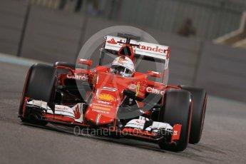 World © Octane Photographic Ltd. Scuderia Ferrari SF15-T– Sebastian Vettel. Friday 27th November 2015, F1 Abu Dhabi Grand Prix, Practice 2, Yas Marina. Digital Ref: 1478LB1D7773