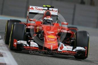 World © Octane Photographic Ltd. Scuderia Ferrari SF15-T– Sebastian Vettel. Friday 27th November 2015, F1 Abu Dhabi Grand Prix, Practice 2, Yas Marina. Digital Ref: 1478LB1D7873