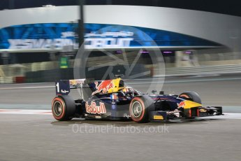 World © Octane Photographic Ltd. Friday 27th November 2015. DAMS – Pierre Gasly. GP2 Qualifying, Yas Marina, Abu Dhabi. Digital Ref. : 1481CB1L5996