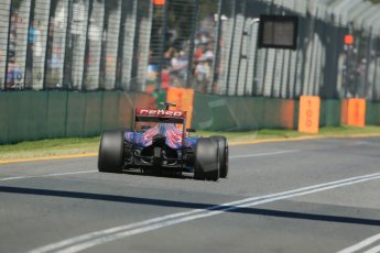 World © Octane Photographic Ltd. Scuderia Toro Rosso STR10 – Carlos Sainz Jnr. Friday 13th March 2015, F1 Australian GP Practice 1, Melbourne, Albert Park, Australia. Digital Ref: 1200LB1D5584