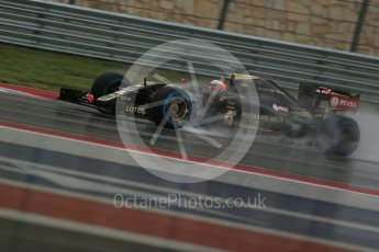 World © Octane Photographic Ltd. Lotus F1 Team E23 Hybrid – Romain Grosjean. Sunday 25th October 2015, F1 USA Grand Prix Qualifying, Austin, Texas - Circuit of the Americas (COTA). Digital Ref: 1464LB1D0942