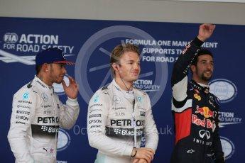 World © Octane Photographic Ltd. Mercedes AMG Petronas F1 W06 Hybrid – Nico Rosberg, followed by team mate Lewis Hamilton and  Infiniti Red Bull Racing RB11 – Daniel Ricciardo. Sunday 25th October 2015, F1 USA Grand Prix Qualifying, Austin, Texas - Circuit of the Americas (COTA). Digital Ref: 1464LB1D1372