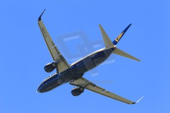 World © Octane Photographic Ltd. Donington Park general unsilenced testing June 4th 2015. Ryanair Boeing B737-8AS EI-EFM on circuit training. Digital Ref : 1288CB1L1946