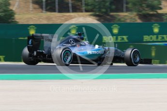 World © Octane Photographic Ltd. Mercedes AMG Petronas F1 W06 Hybrid – Lewis Hamilton. Friday 24th July 2015, F1 Hungarian GP Practice 2, Hungaroring, Hungary. Digital Ref: 1348CB7D8157