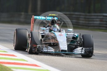 World © Octane Photographic Ltd. Mercedes AMG Petronas F1 W06 Hybrid – Nico Rosberg. Friday 4th September 2015, F1 Italian GP Practice 1, Monza, Italy. Digital Ref: 1405LB7D6015