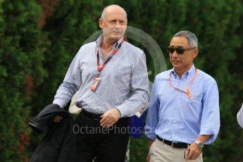 World © Octane Photographic Ltd. McLaren Honda – Ron Dennis. Sunday 27th September 2015, F1 Japanese Grand Prix, Setup, Suzuka. Digital Ref: 1448CB7D7708