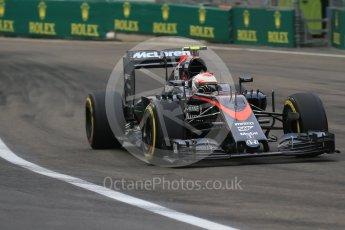 World © Octane Photographic Ltd. McLaren Honda MP4/30 - Jenson Button. Friday 18th September 2015, F1 Singapore Grand Prix Practice 1, Marina Bay. Digital Ref: