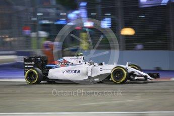World © Octane Photographic Ltd. Williams Martini Racing FW37 – Valtteri Bottas. Friday 18th September 2015, F1 Singapore Grand Prix Practice 2, Marina Bay. Digital Ref: 1429CB5D0316