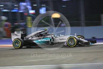 World © Octane Photographic Ltd. Mercedes AMG Petronas F1 W06 Hybrid – Nico Rosberg. Friday 18th September 2015, F1 Singapore Grand Prix Practice 2, Marina Bay. Digital Ref: 1429CB5D0320
