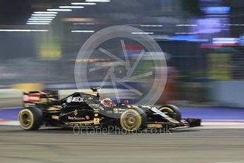 World © Octane Photographic Ltd. Lotus F1 Team E23 Hybrid – Romain Grosjean. Friday 18th September 2015, F1 Singapore Grand Prix Practice 2, Marina Bay. Digital Ref: 1429CB5D0336