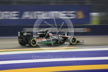 World © Octane Photographic Ltd. Sahara Force India VJM08B – Nico Hulkenberg. Friday 18th September 2015, F1 Singapore Grand Prix Practice 2, Marina Bay. Digital Ref: 1429CB5D0406
