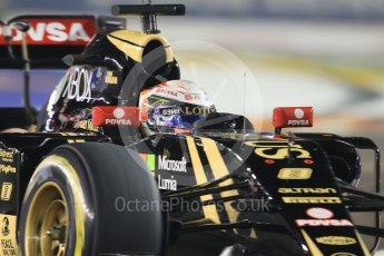 World © Octane Photographic Ltd. Lotus F1 Team E23 Hybrid – Romain Grosjean. Friday 18th September 2015, F1 Singapore Grand Prix Practice 2, Marina Bay. Digital Ref: 1429CB7D0577
