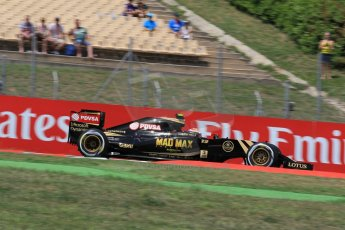 World © Octane Photographic Ltd. Lotus F1 Team E23 Hybrid – Pastor Maldonado. Saturday 9th May 2015, F1 Spanish GP Qualifying, Circuit de Barcelona-Catalunya, Spain. Digital Ref: 1257LW1L8021