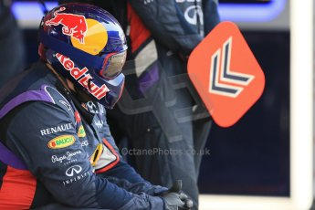 World © Octane Photographic Ltd. Infiniti Red Bull Racing RB11 – Daniil Kvyat - Pit crew. Saturday 21st February 2015, F1 Winter testing, Circuit de Catalunya, Barcelona, Spain, Day 3. Digital Ref : 1190LB1D8190