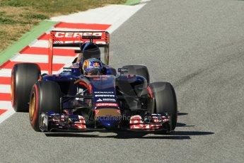 World © Octane Photographic Ltd. Scuderia Toro Rosso STR10 – Carlos Sainz Jnr. Sunday 22nd February 2015, F1 Winter test #2, Circuit de Barcelona Catalunya, Spain, Day 4. Digital Ref: 1191CB1L9146